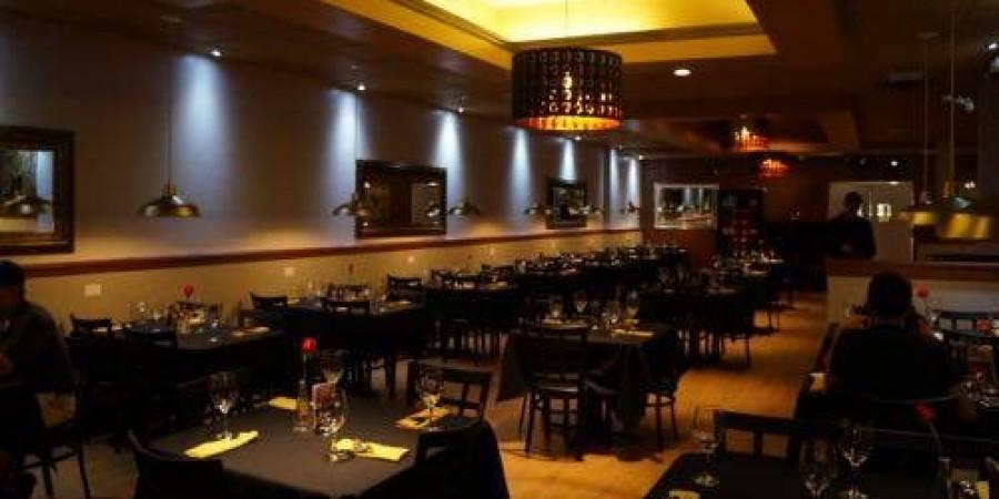 Restaurant Equipment World (REW) Visits The Golden Knife Chop House