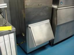 Kloppenberg 905-SBB Ice Storage Bin