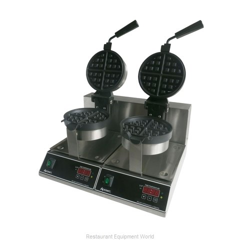 Admiral Craft BWM-7/R-2 Waffle Maker (Magnified)