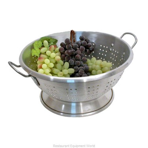 Town 37316 Heavy Duty Colander (Magnified)