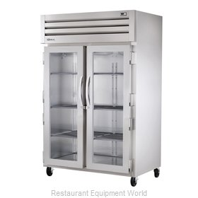 True STR2R-2G Reach-in Refrigerator 2 sections