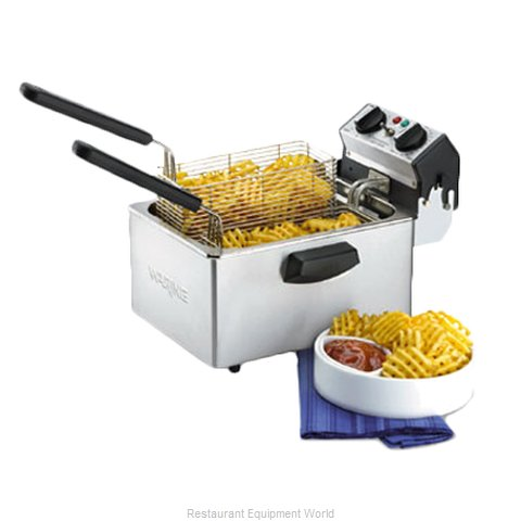 Waring WDF75B Countertop Electric Fryer (Magnified)